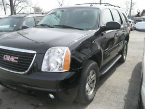 2009 GMC Yukon SLT TOP LINE LUXURY 4X4 ....5 RIDER