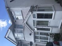 ** TO RENT ** A modern, newly furnished attic bedroom in Harrow- 7 min walk from kingsbury station