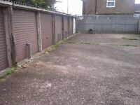 Garages to rent: Camp Drive Houghton Regis LU5 5HE