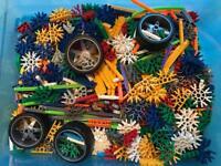 K'nex Building Set Bundle 696 Pieces