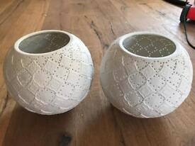 2 Ceramic light shades