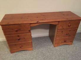 Free Wooden dressing table FIX UP
