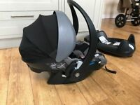 BeSafe iZi Go Car Seat and Isofix base