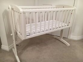 Mothercare swinging crib with Mothercare Airflow Foam Crib Mattress - great condition