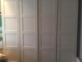 White full wall wardrobe