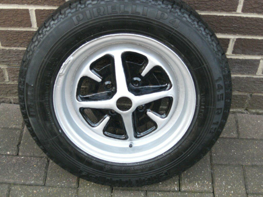 Brand new car wheel and tyre