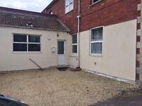 1 Bedroom ground floor flat Keynsham/Saltford border