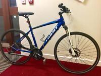 Giant Hybrid bike.
