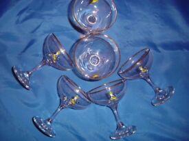 VINTAGE BABYCHAM GLASSES.