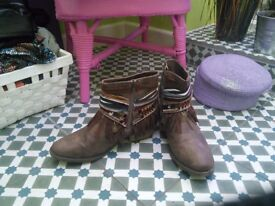 Winter boots, size 38. Collect from Bedminster area