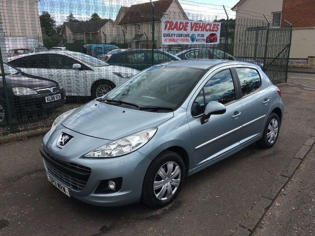 2011 Peugeot 207 1.4hdi Active, £20 a year road tax, great fuel economy