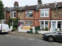 SB lets are delighted to offer this 5 bedroom student house in an ideal location close to hospital