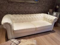 CHESTERFIELD STYLE SOFA white.