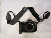 CANON EOS 650 AF/AE SLR Film Camera Body