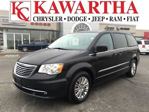 2016 Chrysler Town & Country TOURING L *HEATED SEATS* NOW THATS