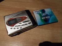Sharp md-8r60 portable minidisc player/recorder (Great con)