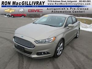 2015 Ford Fusion SE,.. Sunroof, Excellent Condition