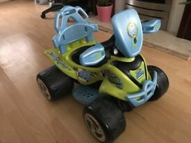 THE CHAD VALLEY 6V GREEN & BLUE BABY QUAD BIKE