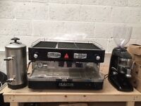 Italian Delta coffee machine, water filter and automatic coffee bean grinder