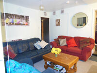 Bills INCLUSIVE Montpelier - Double room, in warm friendly 'Old coach house' just off Stokes Croft