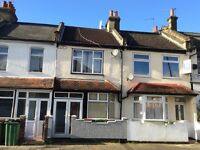 One single room to be rent in a 3 bedroom house near West Ham/ Stratford (zone 2) £95 per week