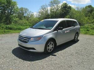 2011 Honda Odyssey EX-L.. Heated Leather Seats.. DVD Player.. Po