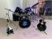 Black Yamaha drum kit