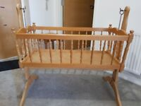 Small baby cot (Rocking)
