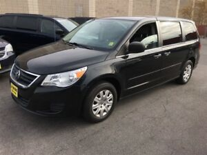 2012 Volkswagen Routan Trendline, Automatic, Third Row Seating