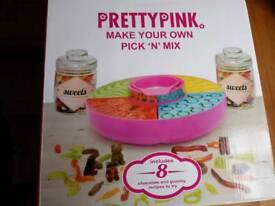 BNIB pretty pink pick n mix sweet maker
