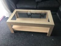 Coffee table and 2 side lamp tables
