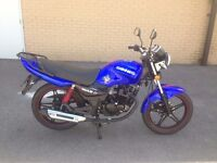 2016 sinnis max 2 125cc motorcycle , low miles , hpi clear and only 6 months old