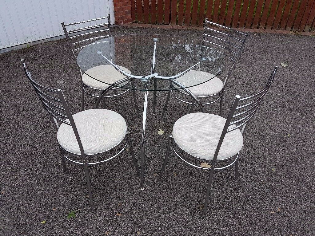 Round Clear Glass & Chrome Table & 4 Chairs FREE DELIVERY 042