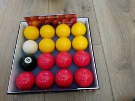 Competition poolball set
