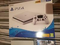 Brand New White PS4 with FIFA 18 & Gran Turismo