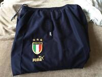 2 pairs track pants Italy Bayern