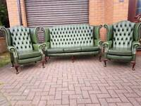 Chesterfield antique green leather 3 piece suite. EXCELLENT CONDITION THROUGHOUT!BARGAIN!