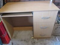 Small Writing Desk Computer Table Office Workstation Laptop Student Desk (Manchester)