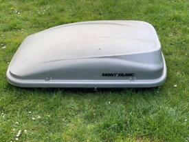 mont blanc vista roof box 320L with key and brackets £110