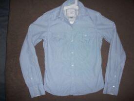 American Eagle Women Shirt size 4
