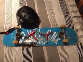 Complete skateboard with helmet and skate tools (pro deck)