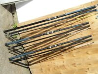 3 x SEA FISHING RODS AND 2 x REELS