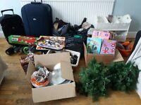 carboot joblot suitcase, clothes , vintage, skylander wii £10