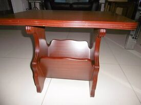 COFFEE TABLE, EXCELLENT CONDITION, DOUBLE SIDED NEWSPAPER/MAGAZINE RACK UNDER