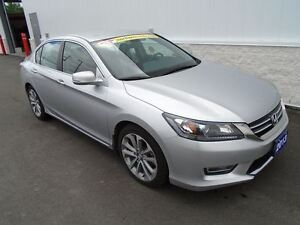 2013 Honda Civic LX (NEW TIRES)