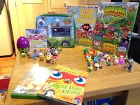 Moshi monster bundle with Moshi movie & top trumps game