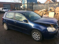 vw golf mk5 1.9 tdi breaking for spares and repairs *bxe* 5 speed manual call parts thanks