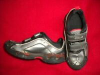 Boy's CICA trainers size 8 1/2 F
