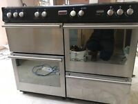 Stoves Range Cooker double oven with 7 gas burners