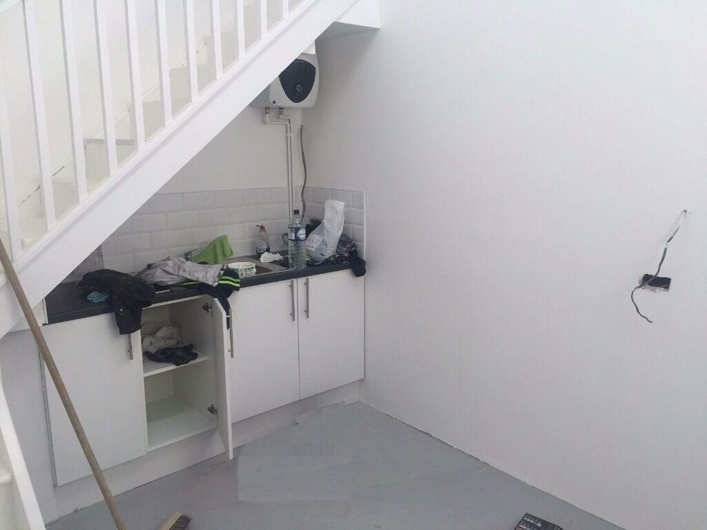 Amazing studio and mezzanine to let in heart of Stoke Newington